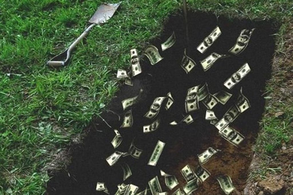 Эзотерики о старых приметах и обычаях с деньгами