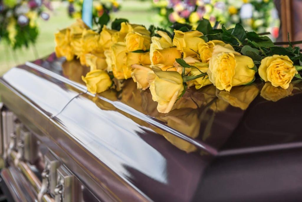 Почему таинство похорон сопровождается появлением множества примет и суеверий