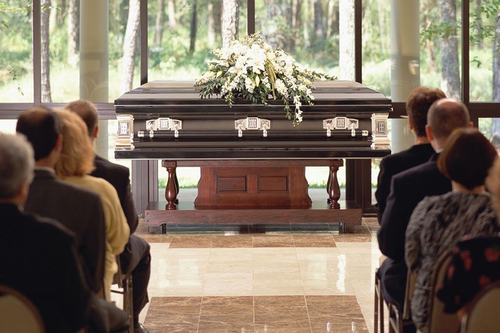 Почему хоронят в закрытом гробу
