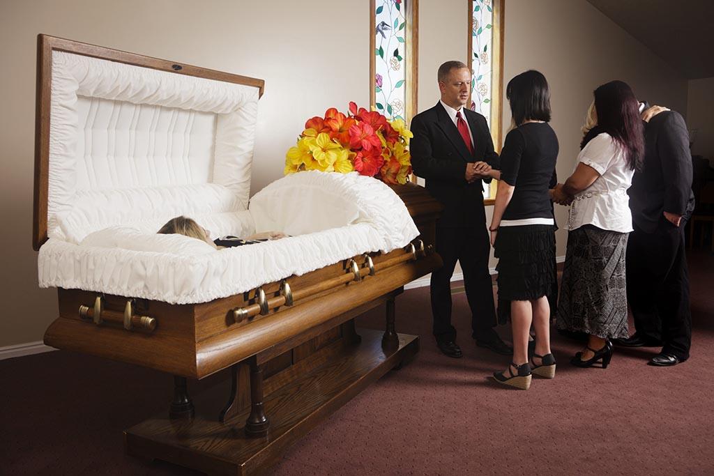 Прощание с усопшим, как важная часть погребального обряда