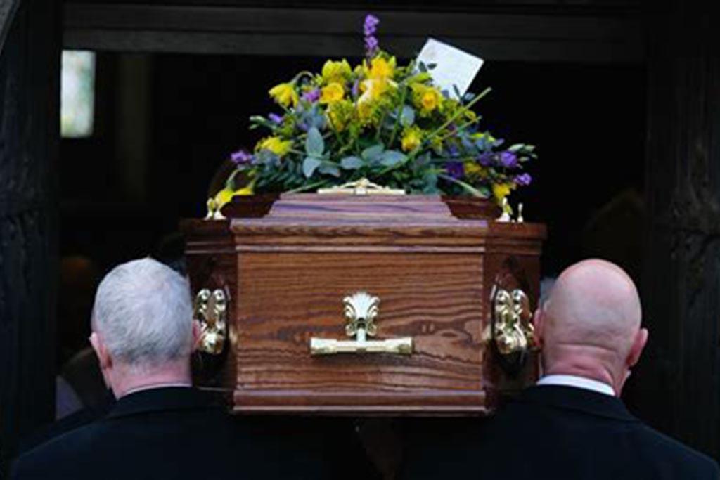 Традиции проведения похоронной процедуры – приметы на похоронах, чего нельзя делать, чтобы избежать беды