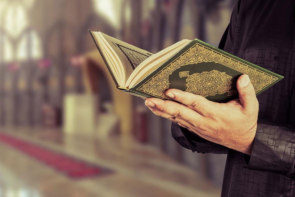 Умерший ребенок-мусульманин проведет в рай своих родителей, когда наступит Судный день