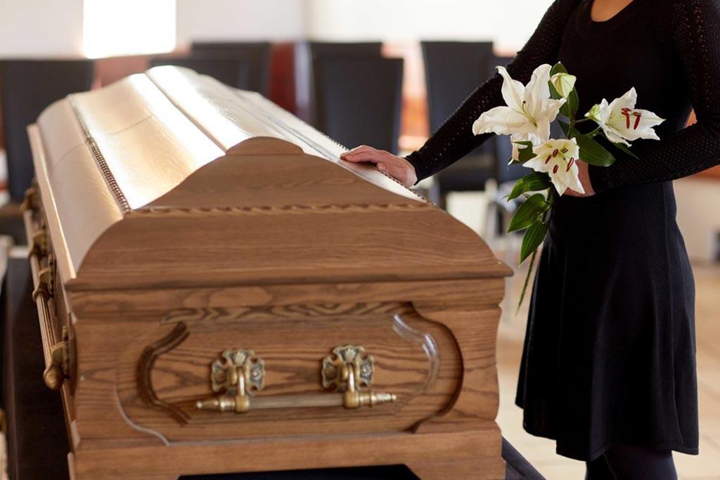 Как и что отвечать на соболезнования о смерти по умершему