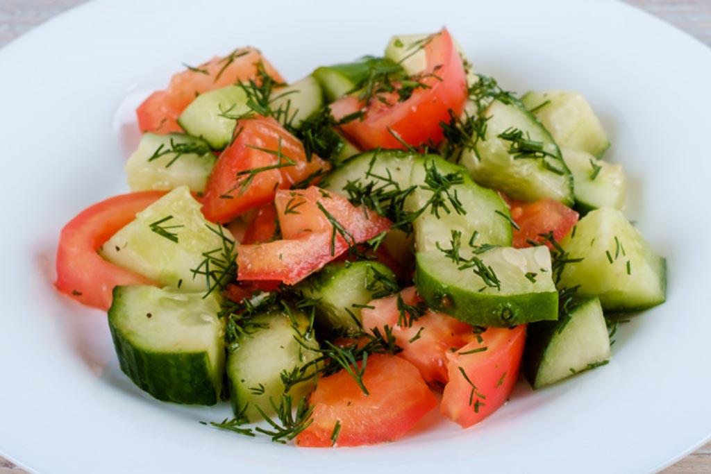 Салат сезонный овощной