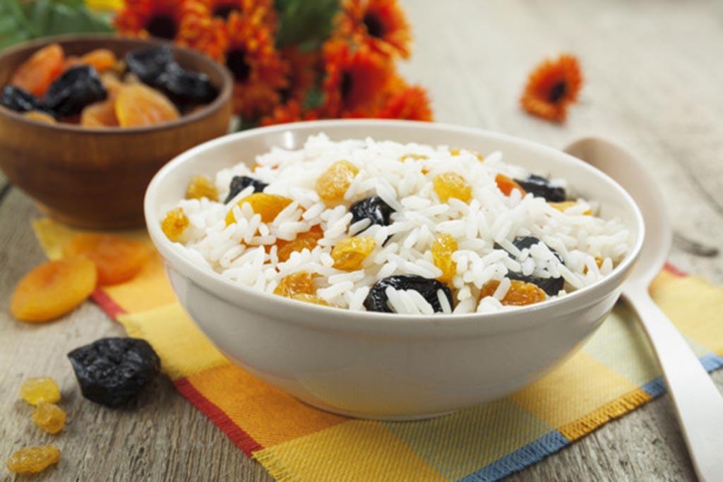 Классический рецепт поминальной кутьи из риса с изюмом