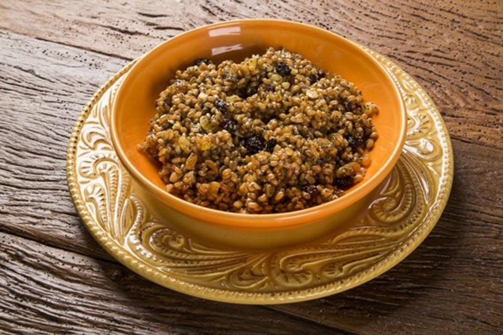 Рецепт традиционной кутьи и место на столе