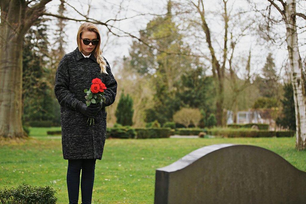 Что делать, если после работы не успеваю на кладбище до обеда