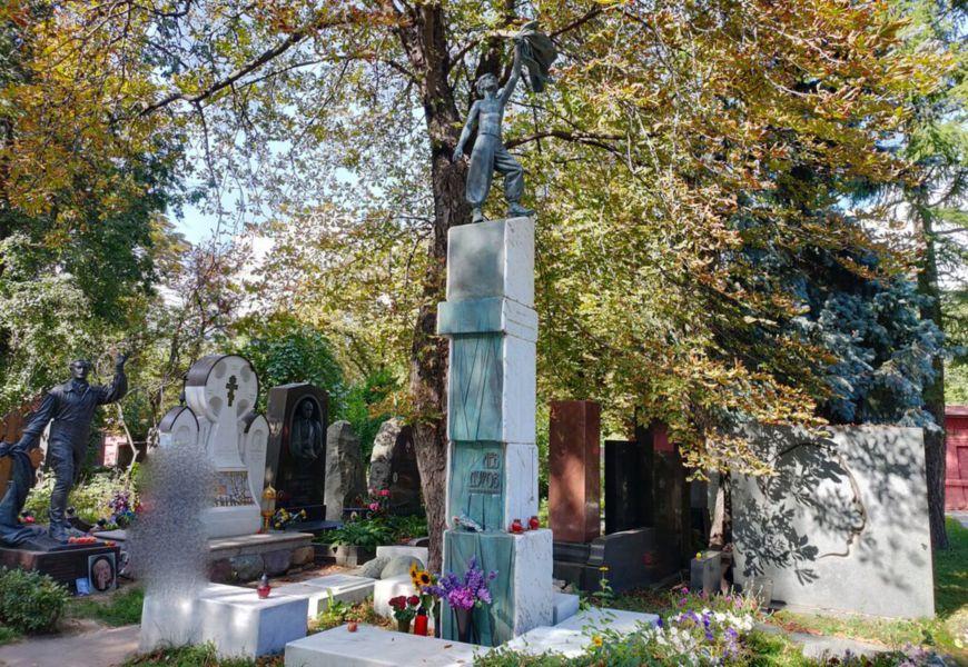 Новодевичье кладбище Лев Дуров