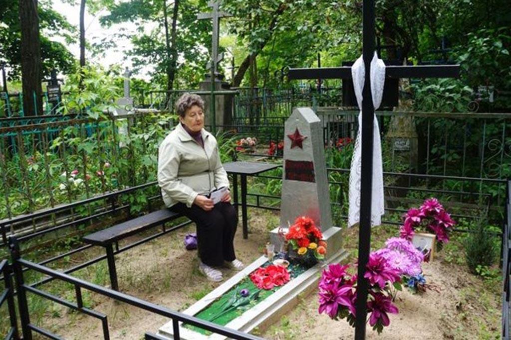 Психологи о пользе или вреде посещения кладбища после похорон