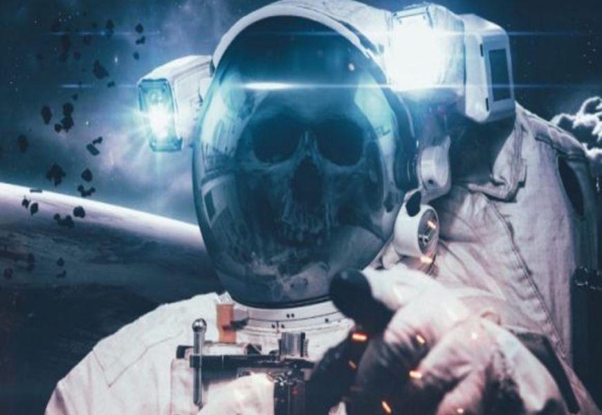 Разлагается ли человек в космосе?