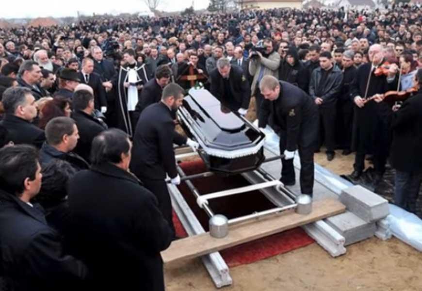 Похороны цыган 02