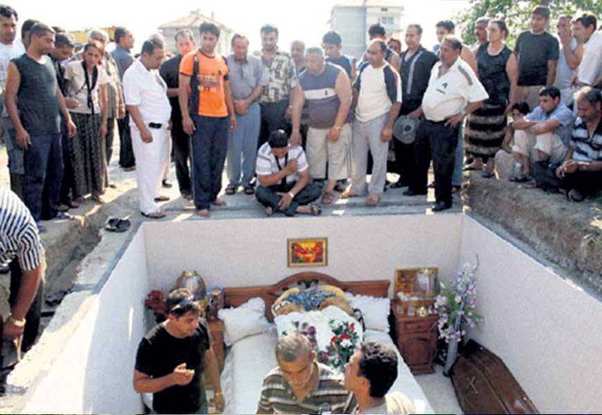 Похороны цыган 03