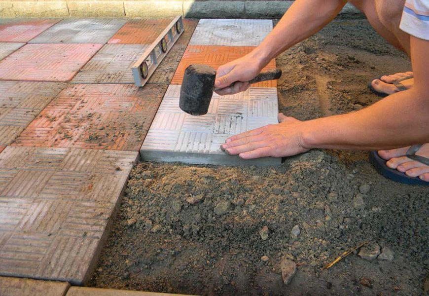 Укладка тротуарной плитки на кладбище своими руками. Пошаговая инструкция