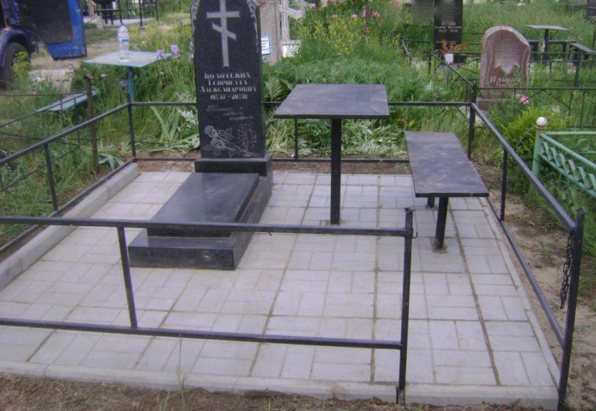 Плюсы отделки могилы плиткой