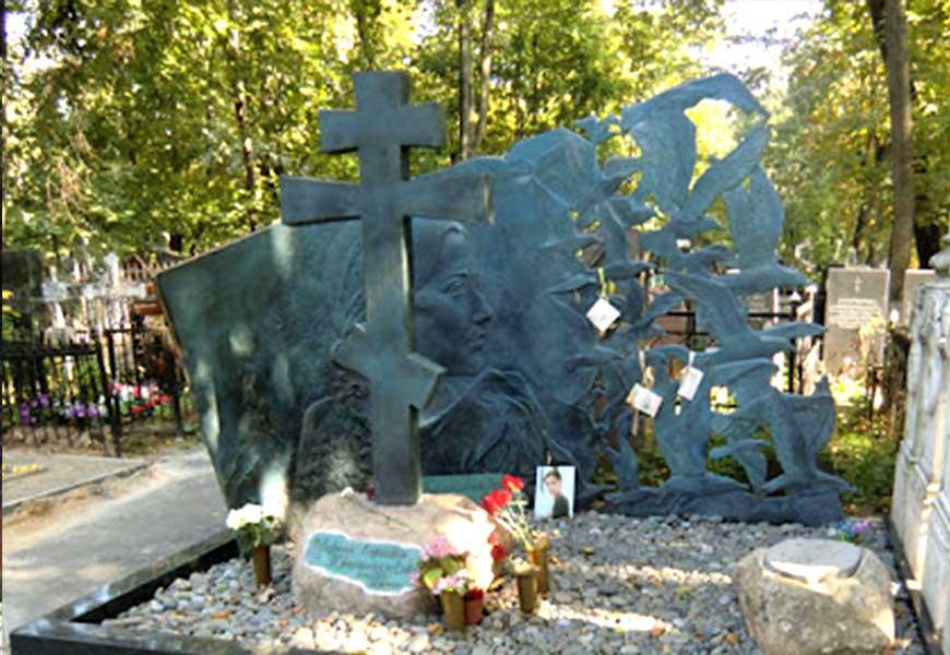 Могила Марии Красильниковой